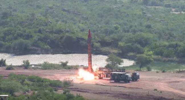 Peluncuran rudal balistik Ghauri