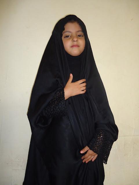子供用ムスリムファッション(アバヤ)