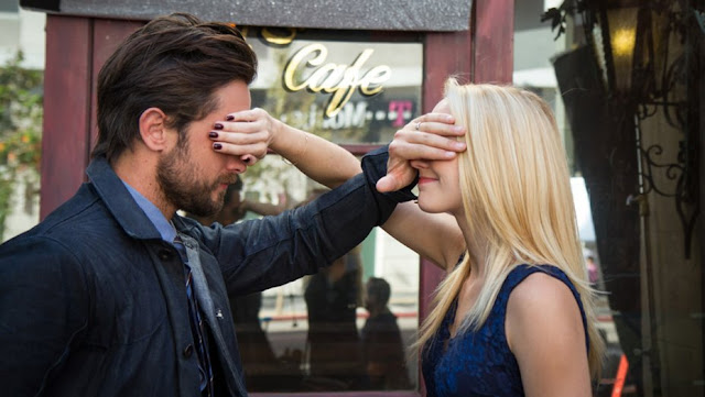 Film Hollywood 1 Night (2017)