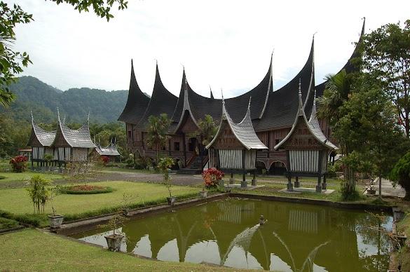Tips Cara Panduan Liburan Hemat Lengkap Favorit Di Sumatera Barat Ala Ransel Backpacker: Padang, Bukittinggi, Sawahlunto