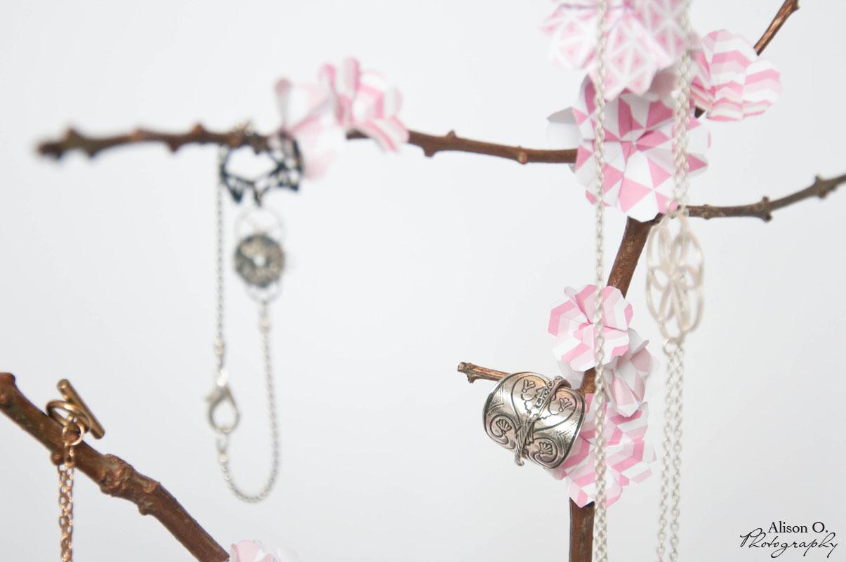 Gut bekannt Projet DIY #10 : Branche de cerisier japonais porte-bijoux en  JD65