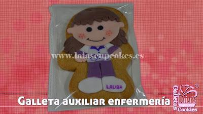 Galleta personalizada de fondant auxiliar sanitaria enfermería Laia's Cupcakes Puerto Sagunto