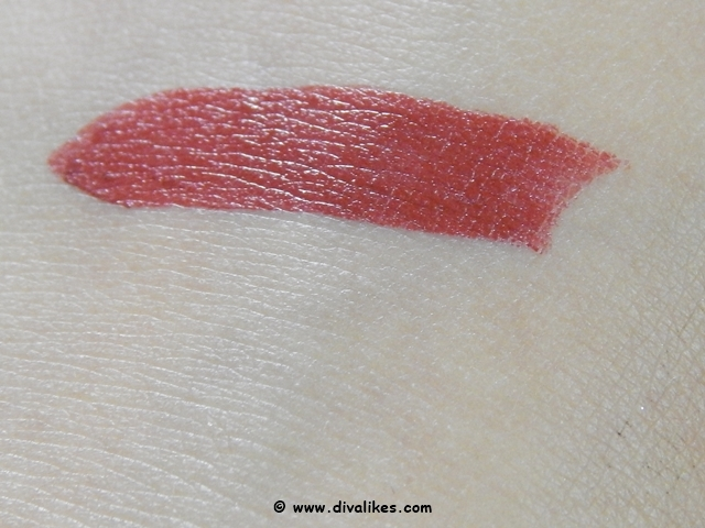 Colormates Lipstick & Lipliner Pencil Ruby Red Swatch