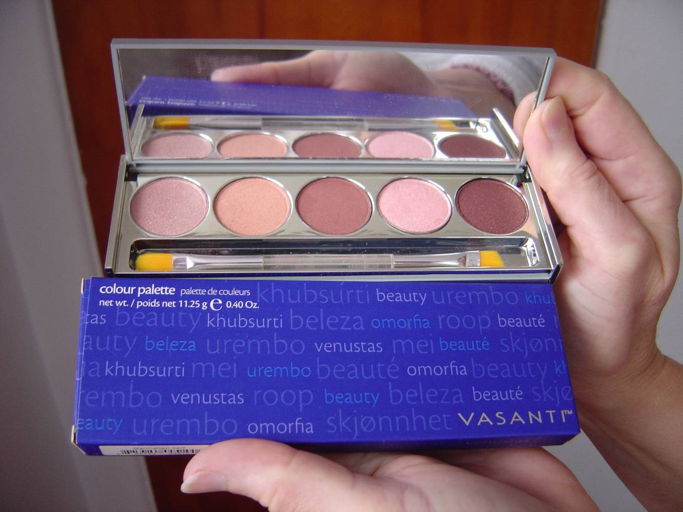 Vasanti  Cosmetics Manhattan Eye Colour Palette