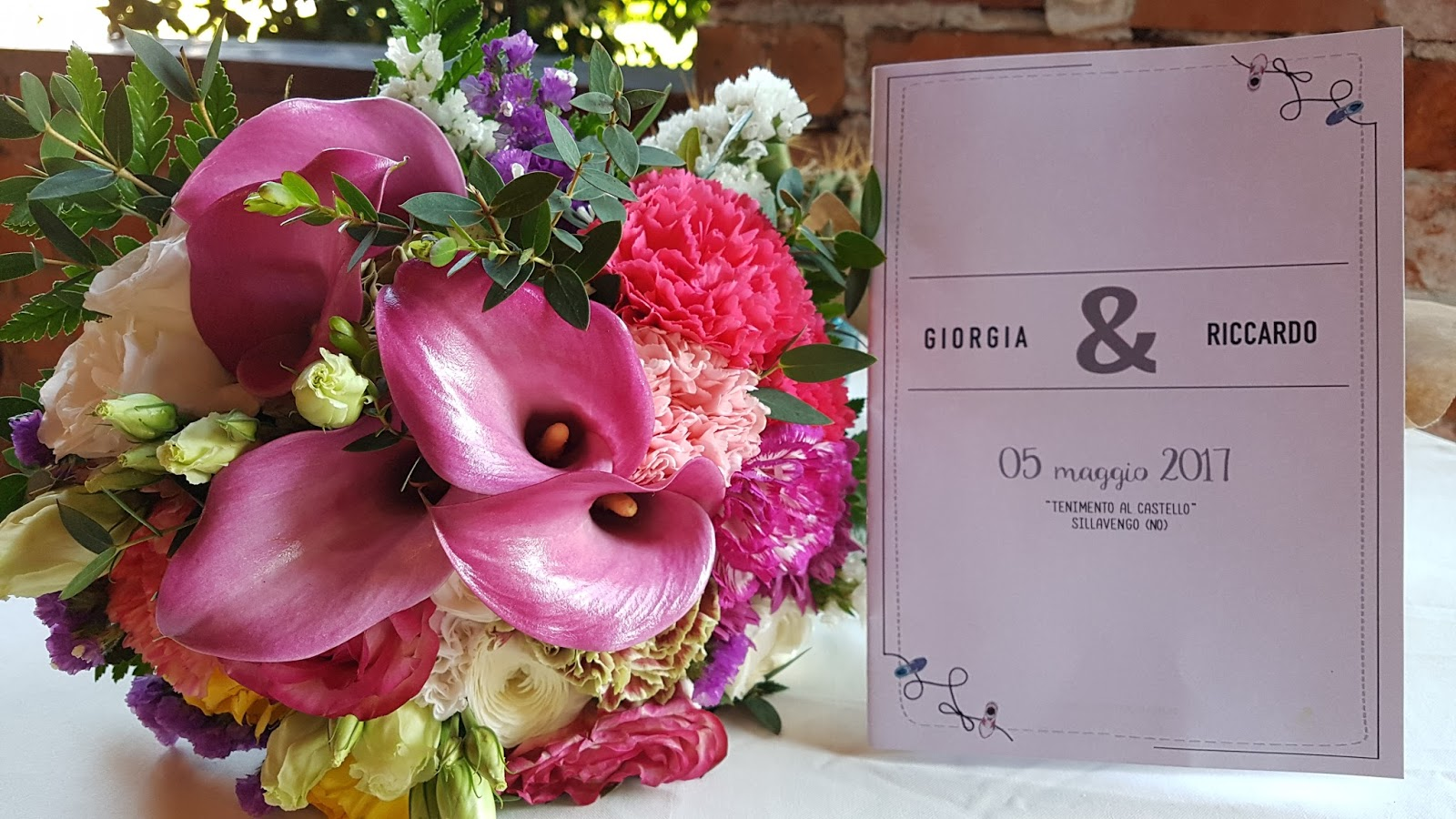 Bouquet sposa bianco e tonalità del rosa