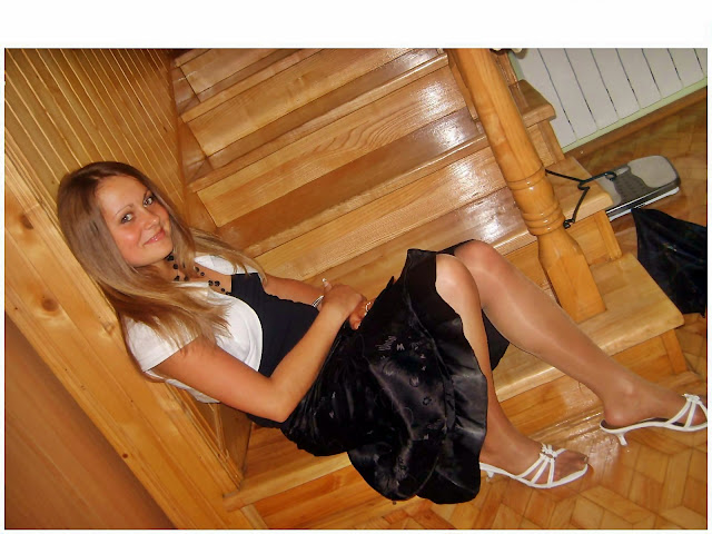 Candid Pantyhose Pics Teen 69