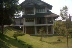 Villa Amanda Sewa Vila 4 Kamar Istana Bunga