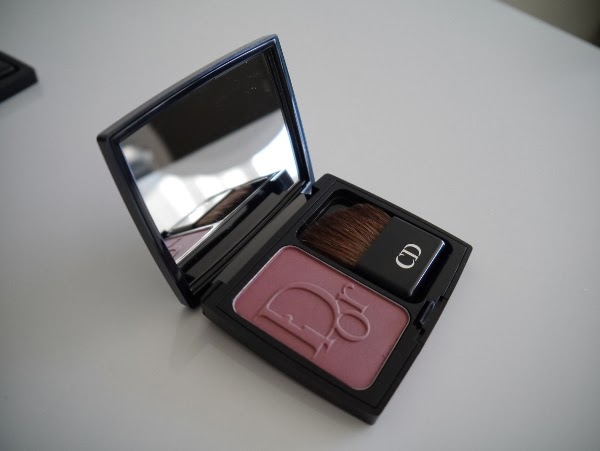 Diorblush Vibrant Colour Powder Blush in 'Brown Milly'