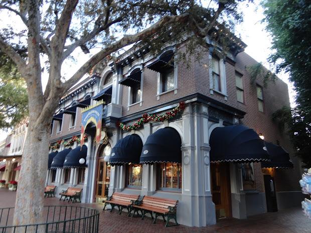 Disneyland Main Street Disney Building
