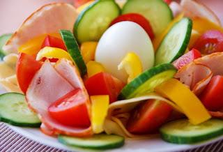 Pertimbangan Sebelum Melakukan Diet Sayur dan Buah