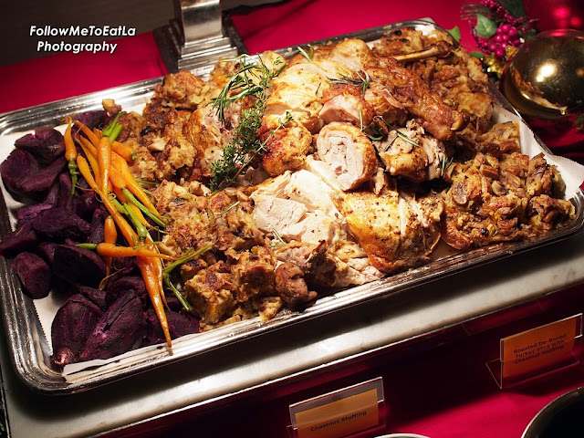 Roasted De-Boned Turkey Slice With Chestnut Stuffing