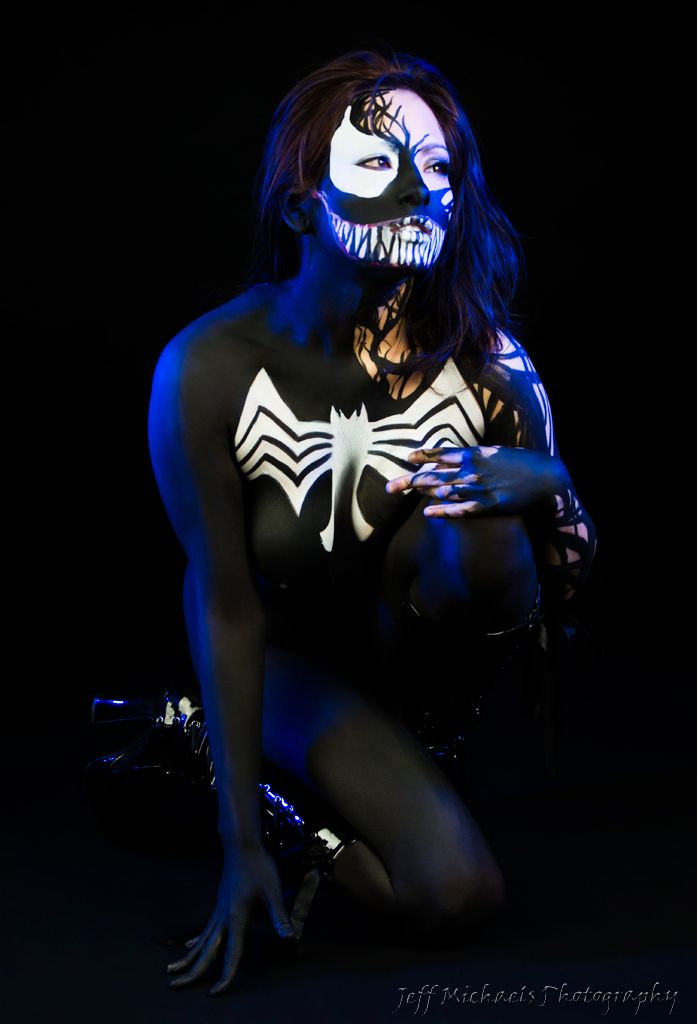Sexy Cosplay Girl Venom sexy cosplay
