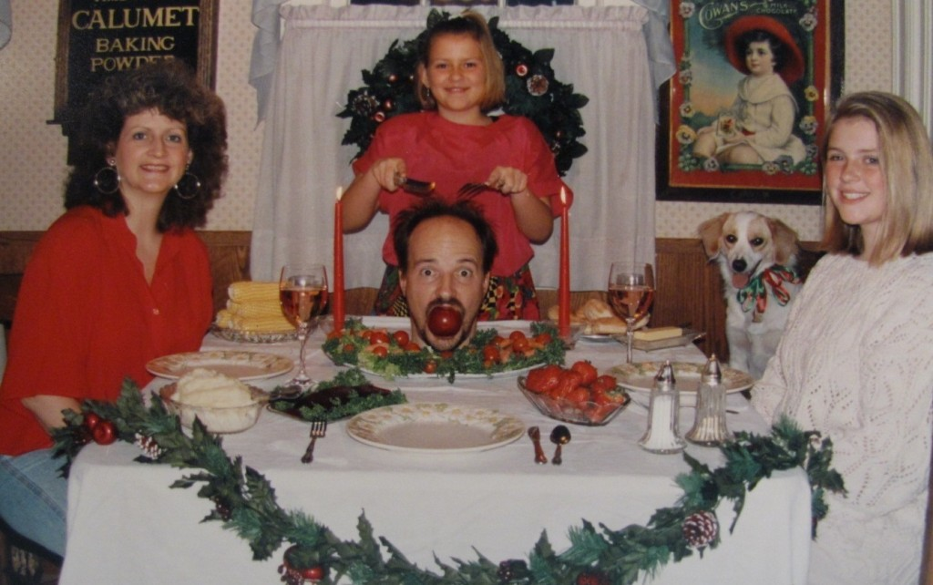 The Most Awkward Family Christmas Photos Ever Vintage Everyday - 29 awkward family photos ever