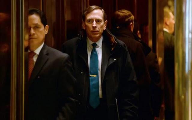 Donald Trump, se reunirá hoje com o general aposentado e ex-diretor da CIA David Petraeus na Trump Tower, disseram fontes de alto nível à ABC News