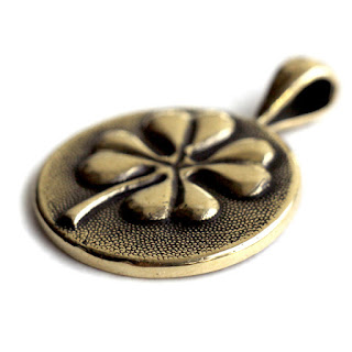 купить бронзовые славянские обереги клевер украшение в виде клевера купить