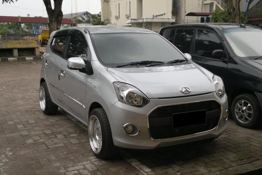 Kumpulan Foto Modifikasi Mobil Daihatsu Ayla Terbaru
