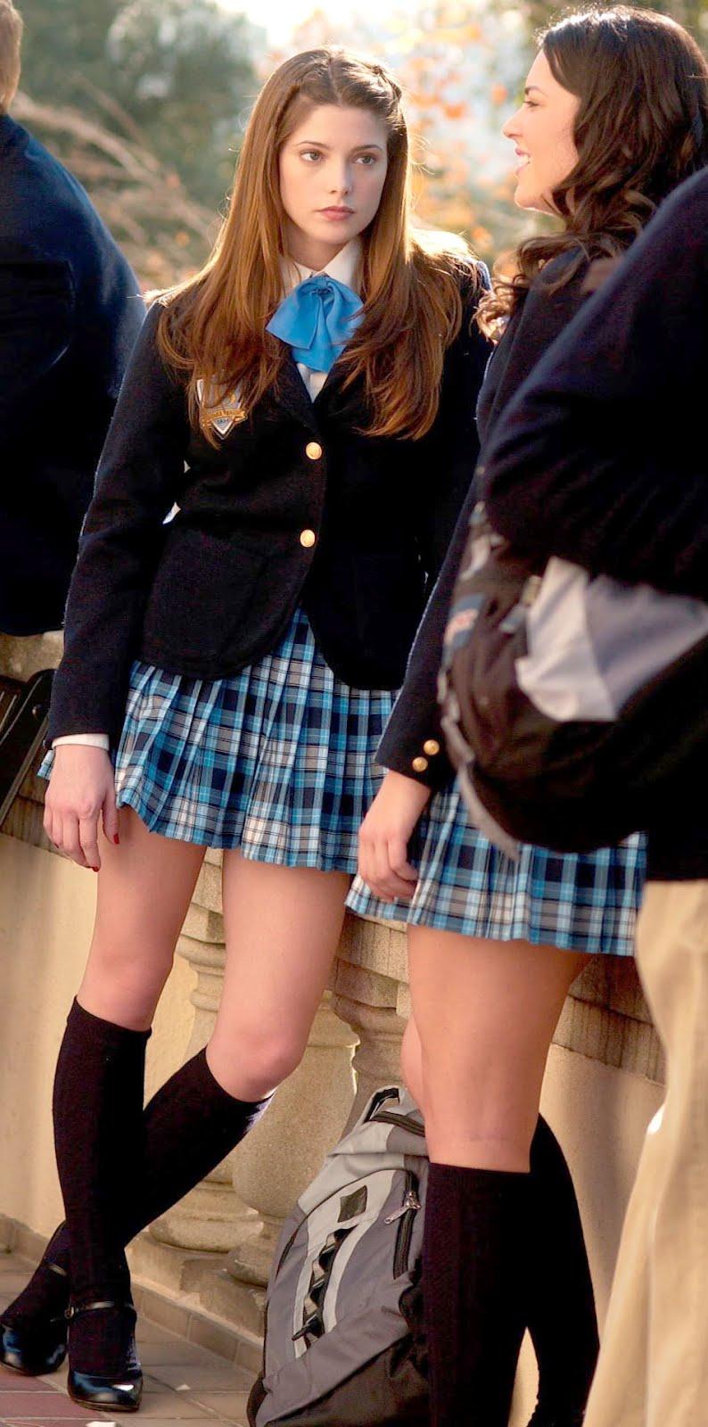 Anime Schoolgirl Upskirt first day of school: school girl love