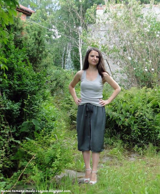 Satynowe spodnie współczesnej Szeherezady