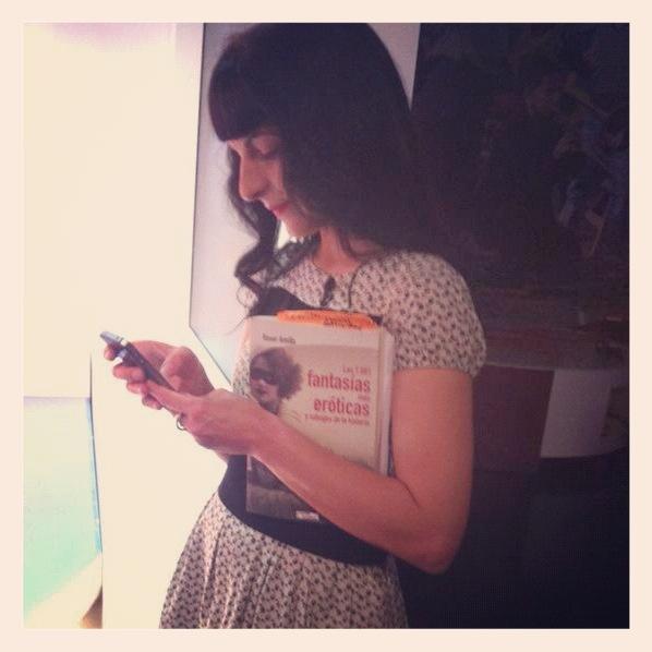 Bogotá | Entrevista de radio W de Bogotá, Colombia, a Roser Amills