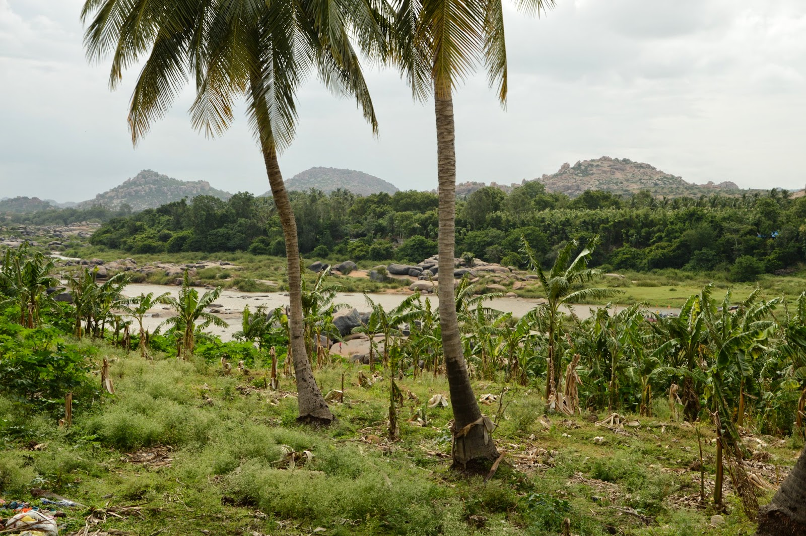 Río Tungabhadra en los alrededores de Hampi