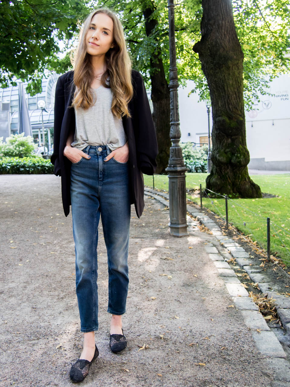 asos-mom-jeans-fashion-blogger