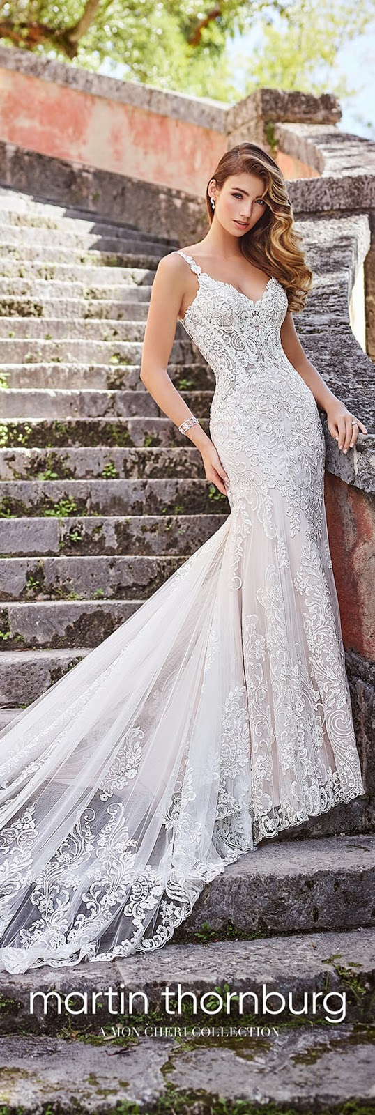 What is an optional reversible modesty piece for a bridal gown?