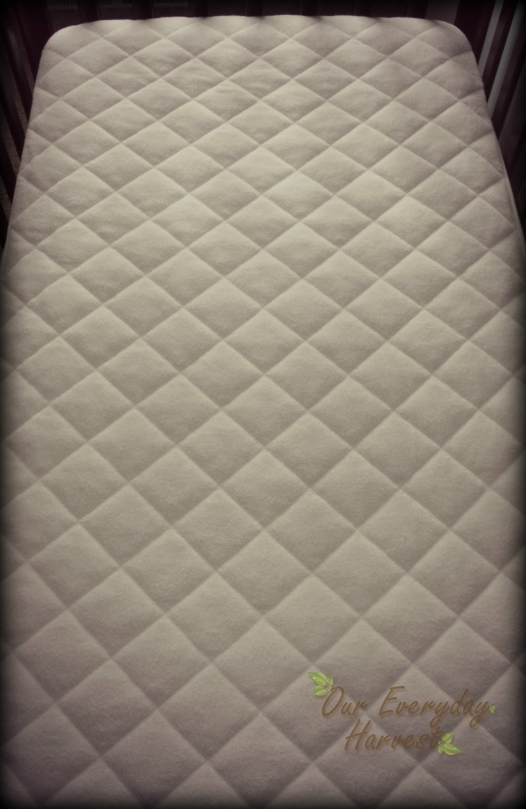Breathable Crib Mattress >> Dry Nights and Peaceful Sleep for Infants and Toddlers: Quilted Waterproof Crib Mattress ...
