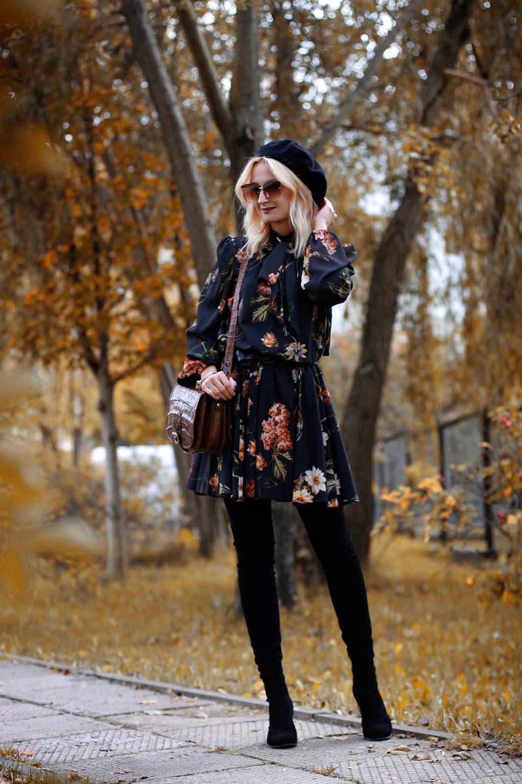 Kwiatowa sukienka w klimacie retro
