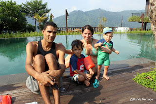 Famille voyage en indonésie