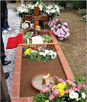 Mormantul Cuviosului Paisie Aghioritul, din Manastirea Sf. Ioan Teologul - Souroti, Tesalonic