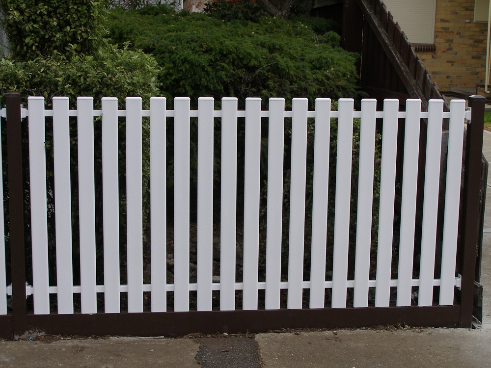 Steel Picket Fencing for Home