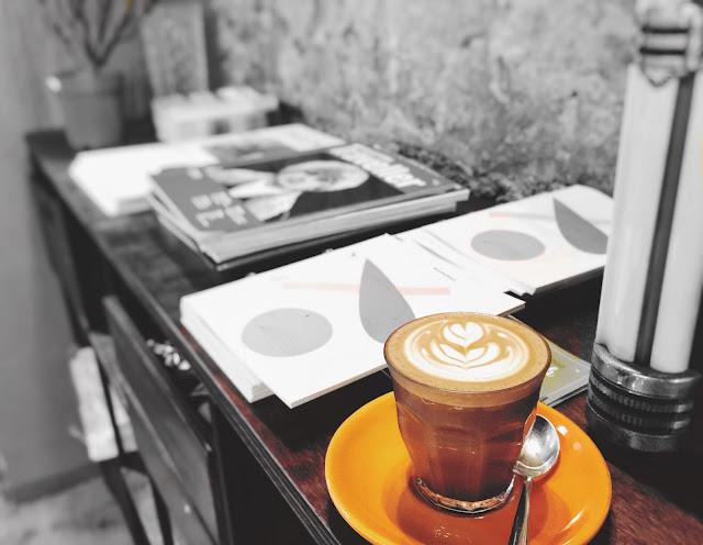 Singapore Lola's Cafe - Mocha