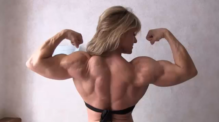 Clip The Female Bodybuilder. The veins in her arms are so hot!