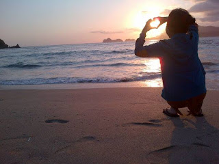 Sunset Pantai Pulau Merah