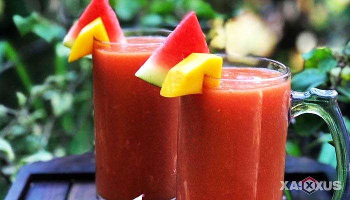 Resep cara membuat jus mangga campur semangka dan jambu merah