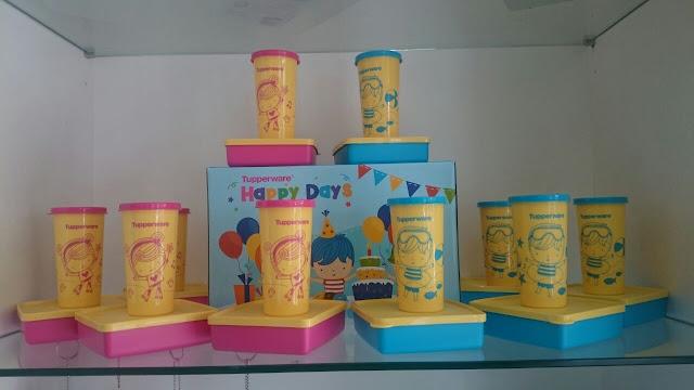 Tupperware Happy Days Set