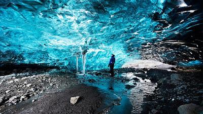 Skaftafell Ice Cave - Iceland
