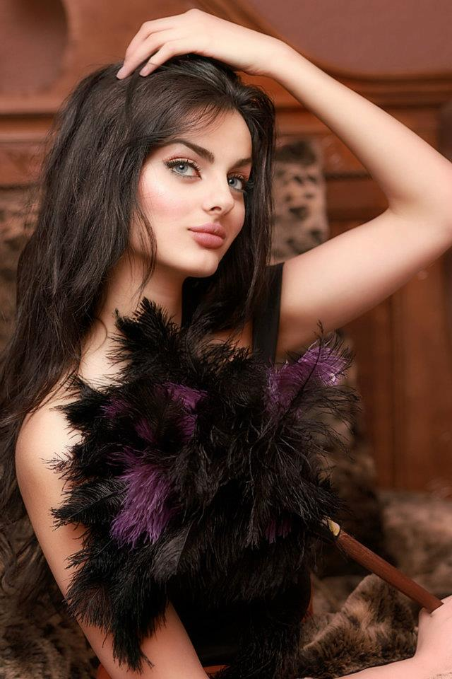 beautiful persian women mahlagha jaberi