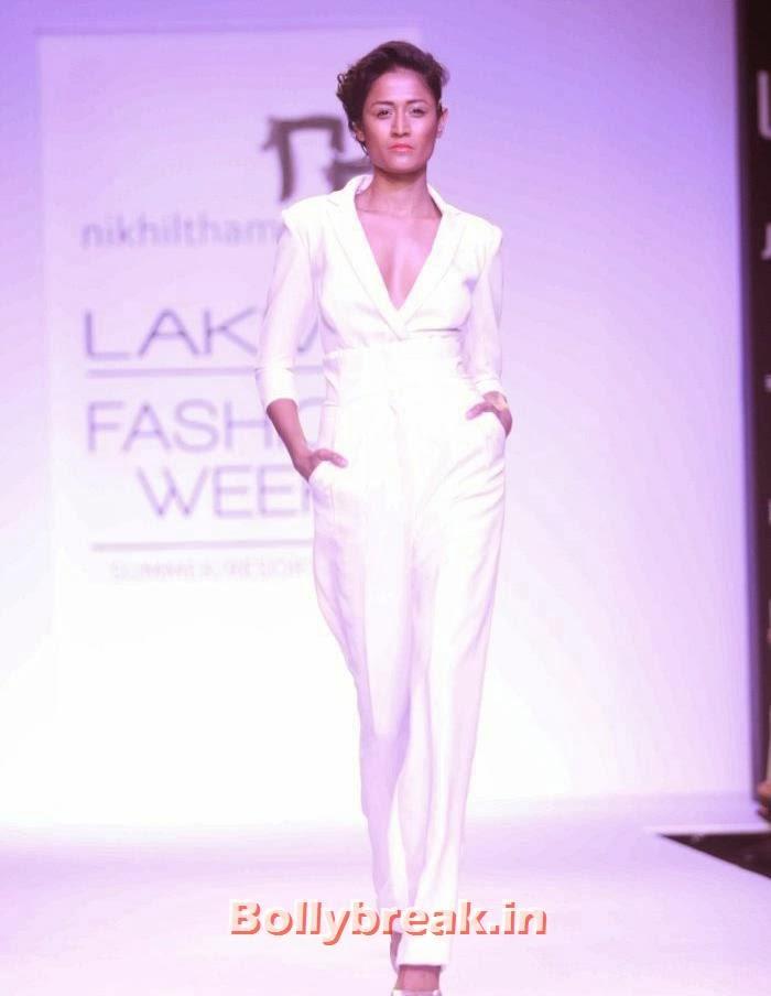 Surelee Joseph, Hot Models Walk for Nikhil Thampi Show at Lakme Fashion Week 2014