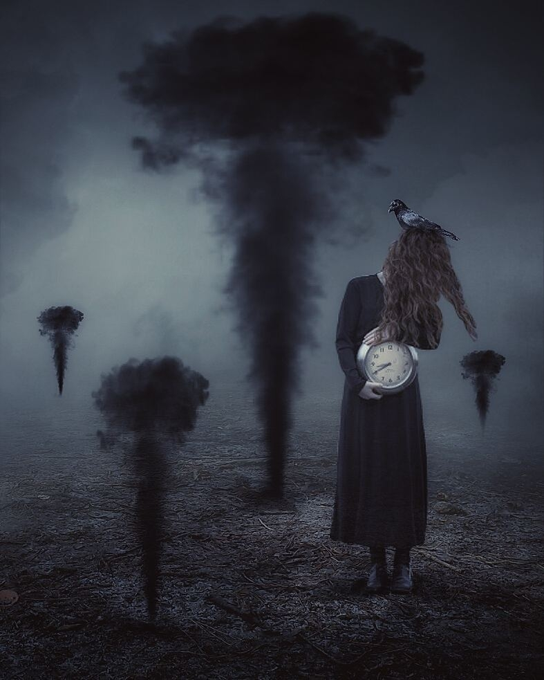 06-Cristina-Surrealism-Photography-with-a-Gothic-Influence-www-designstack-co