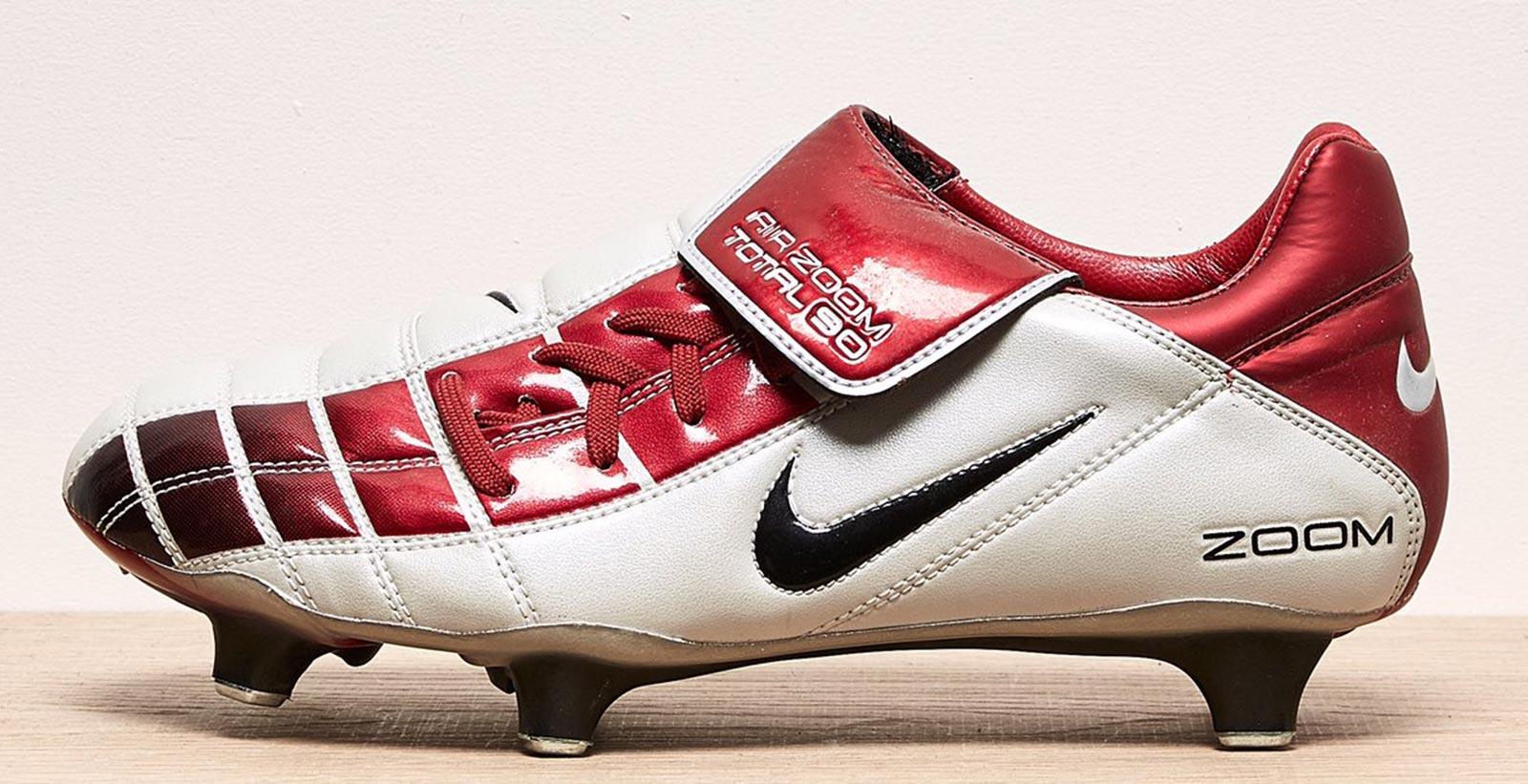 Traer collar más y más  Closer Look: Nike Air Zoom Total 90 II 2002 Football Boots - Footy Headlines