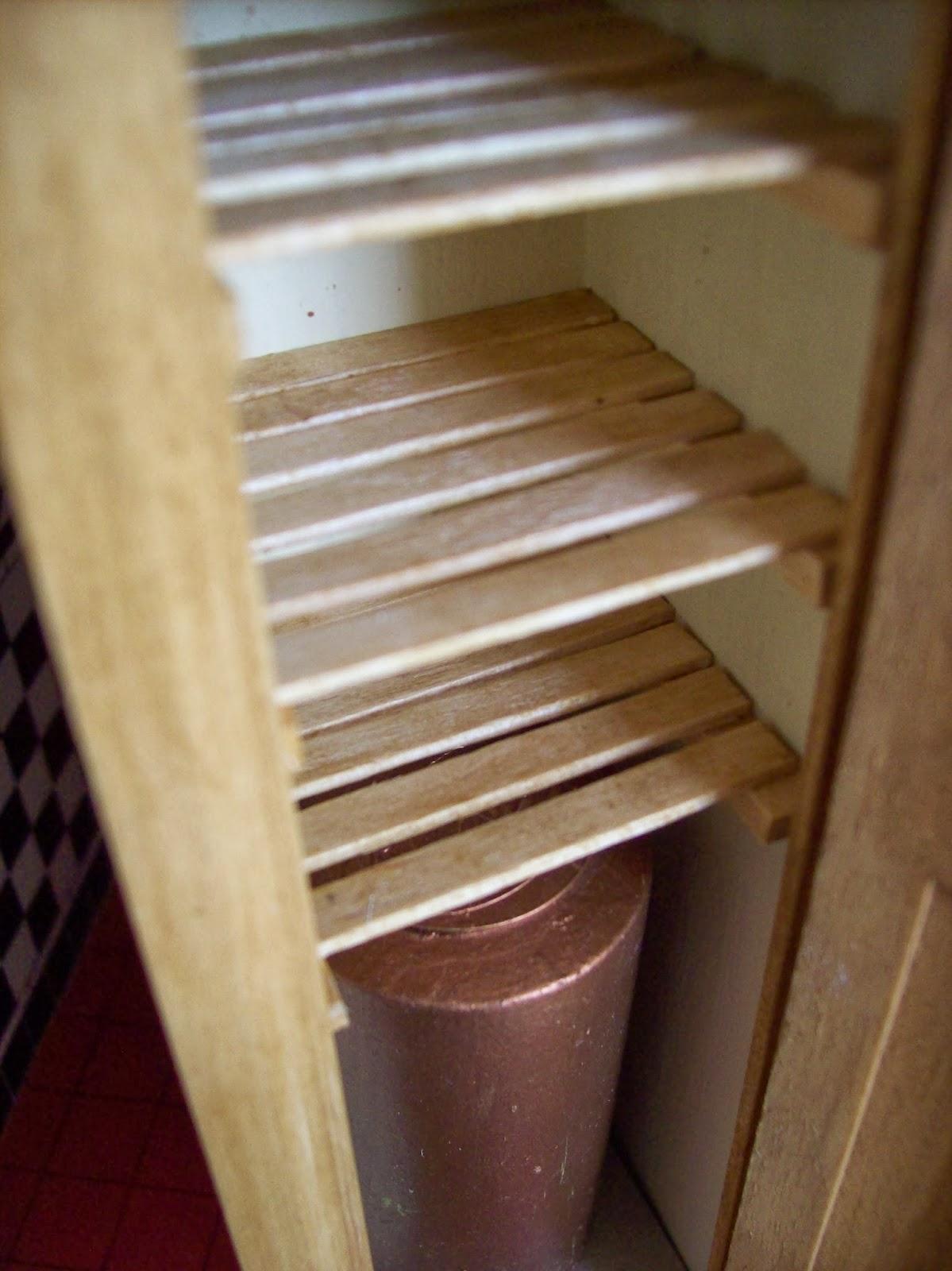 Mountfield Dollshouse Making An Airing Cupboard