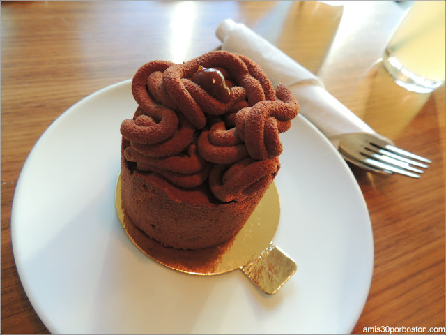 Patrice Pâtissier: Chocolat, Café St-Henri $6