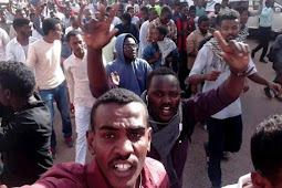 Clashes Erupt in Khartoum as Sudanese March on Presidential Palace