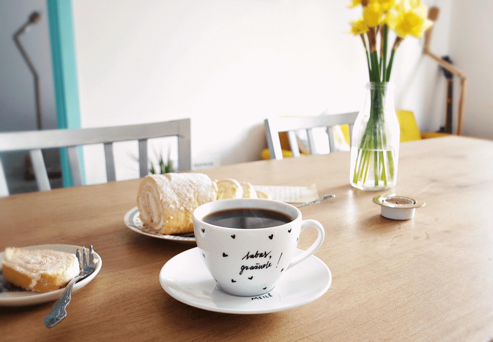 dievinu puodeliai