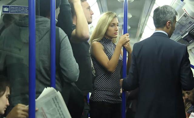 Την χούφτωσαν μέσα στο μετρό και δείτε τι έγινε! [Βίντεο]