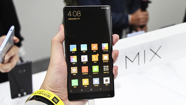 Đánh giá điện thoại Xiaomi Mi Mix (1)
