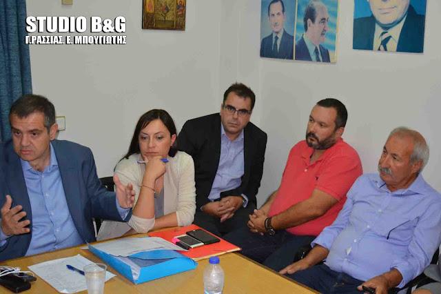 Σύσκεψη στη ΝΟ.Δ.Ε. Αργολίδας με τον Γραμματέα Οργανωτικού της Ν.Δ. Βασίλη Σπανάκη