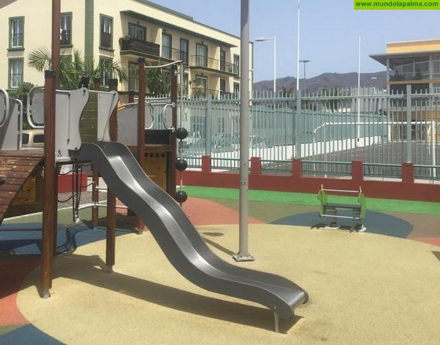 El Ayuntamiento de Los Llanos de Aridane construye un nuevo parque infantil en Todoque