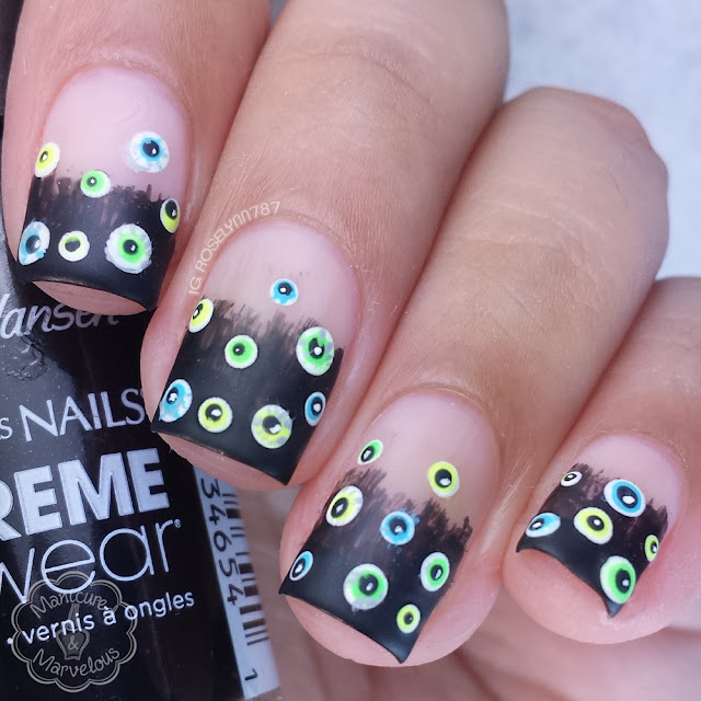 13 Days of Halloween: Eyeball Nailart